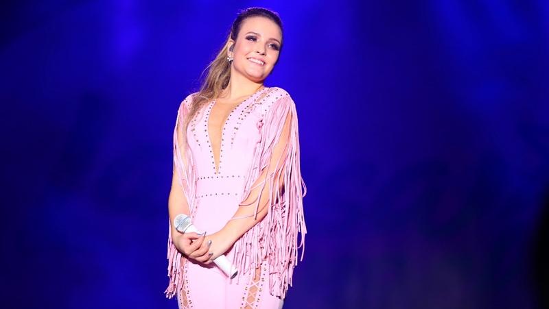 1aae8cbc62284 Música  Larissa Manoela lança seu primeiro DVD com participação do ...